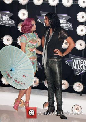 Katy Perry, Russell Brand  2011 MTV Video Music Awards held at LA Live - Arrivals Los Angeles, California -...