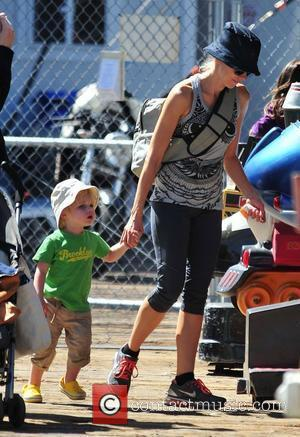 Naomi Watts enjoys a family day out near the Pacific Ocean with her sons and boyfriend Santa Monica, California -...