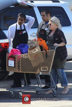 Pink aka Alecia Moore shopping barefoot in the easter sale at Vons Grocery store in Malibu. Los angeles, California -...