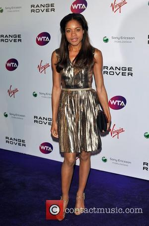 Naomie Harris Eyeing Moneypenny Role