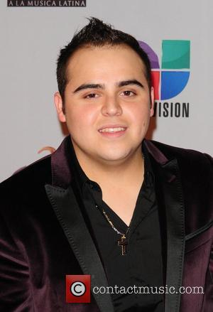 Gerardo Ortiz Wins Six Prizes At Mexican Music Awards