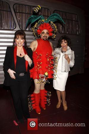 Joan Collins, Tad Wilson and Jackie Collins  Real Divas meet Broadway Divas backstage at the musical 'Priscilla: Queen of...