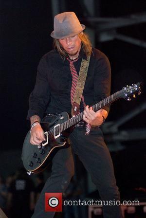 Rocker Wes Scantlin Files For Divorce