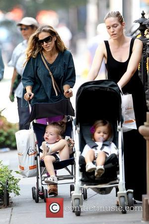 Sarah Jessica Parker, Marion Broderick and Tabitha Broderick Sarah Jessica Parker and a nanny pushing her twin daughters in strollers...