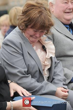 Susan Boyle Jets To China For Talent Show Appearance