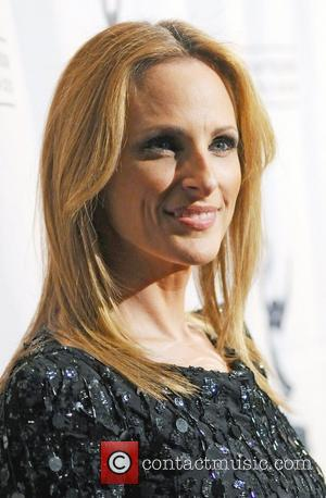 Marlee Matlin Takes Kids Out Of School To Pay Taxes
