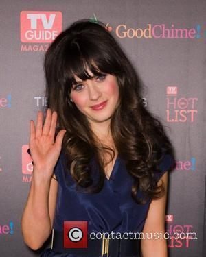 Zooey Deschanel Compares Golden Globe Nomination To