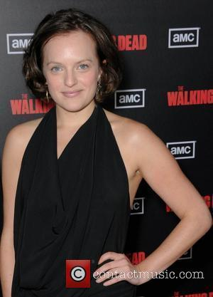 """Elisabeth Moss Reveals Marrying Fred Armisen Was """"Traumatic And Awful"""""""