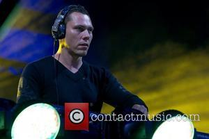 Dj Tiesto Makes History By Tweeting Las Vegas Gig