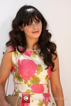 Zooey Deschanel Gets No Apology For 'Snobby Cow' Remark