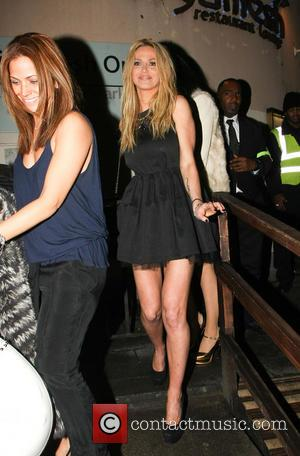 Sarah Harding Back On The Party Scene With Girlfriends