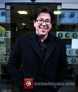 Michael Mcintyre Injures Leg In Stage Stunt