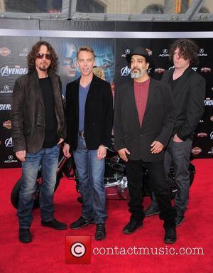Soundgarden 'Jamming And Inventing' In Studio
