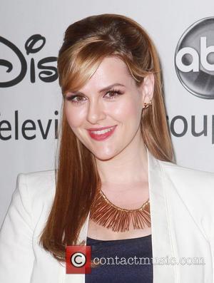 Actress Sara Rue Pregnant