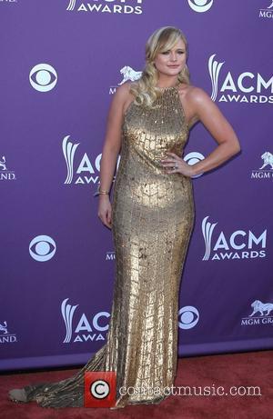 Miranda Lambert, Jason Aldean And Clarkson Dominate Academy Of Country Music Awards