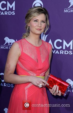 Jennifer Nettles Was Hesitant To Sign Up For Duets