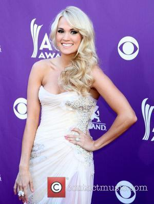 Carrie Underwood Urges Young Fans To Listen To Mum When It Comes To Skincare