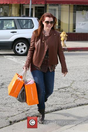 Alyson Hannigan Struggling To Find Perfect Anniversary Gift