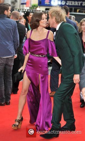 Rhys Ifans and Anna Friel