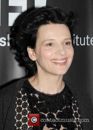 Juliette Binoche Cries In Interview Over Father's Ill Health