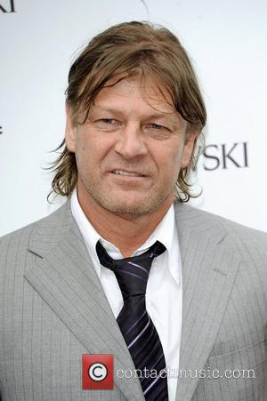 Sean Bean Steps Out With New Girlfriend