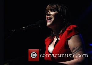 Beth Hart Uses Faith To Cope With Bipolar Disorder