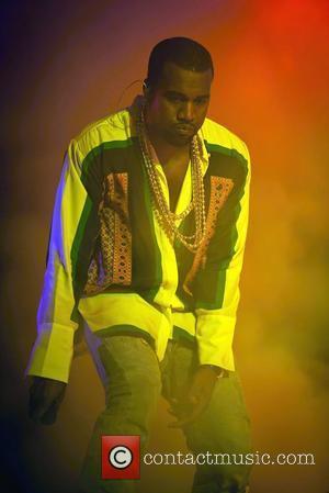 Kanye West Returning To Paris Fashion Week