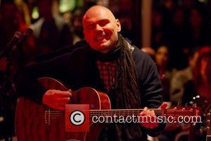 Billy Corgan Praying For Jerry Lawler After Collapse