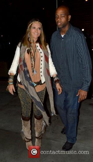 Brooke Mueller leaving BOA steakhouse with her security Los Angeles, California - 19.09.12
