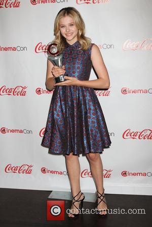 Chloe Grace Moretz Designing Carrie Prom Dress