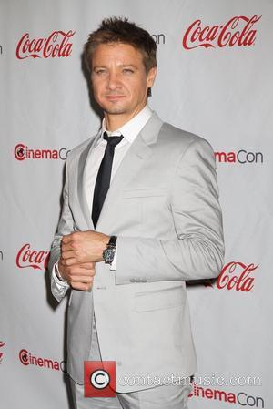 Jeremy Renner CinemaCon 2012 Big Screen Achievement Awards at Caesars Palace Resort and Casino  Las Vegas, Nevada - 26.04.12