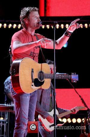 Dierks Bentley Thanks Fans For Kind Words After Dad's Death