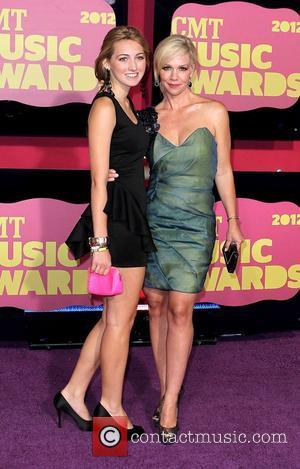 Jennie Garth Addresses Weight Loss Concerns