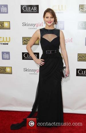 Jennifer Lawrence Feels Ill When She Lies
