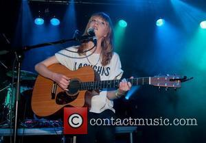 Lucy Rose and Dot To Dot
