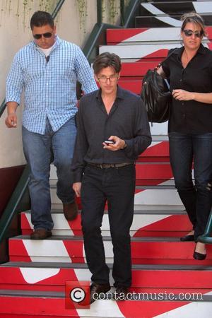 Andrew Mccarthy Wore A Wig For Pretty In Pink Romantic Finale