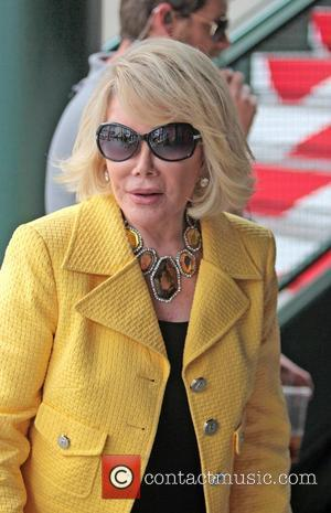 Police Remove Joan Rivers From Store Over Protest