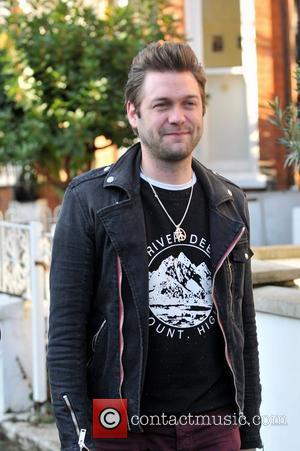Tom Meighan of Kasabian leaving Fearne Cotton's house after her Christmas Party London, England - 22.12.11