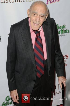 Character Actor Abe Vigoda Dead