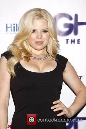 Megan Hilty and Lunt-fontanne Theatre