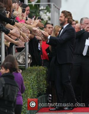 Gerard Butler The 69th Annual Golden Globe Awards (Golden Globes 2012) held at The Beverly Hilton Hotel - Outside Arrivals...