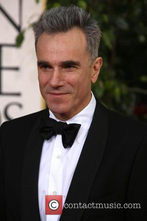 Daniel Day-lewis: 'I Am Not Influenced By Money'