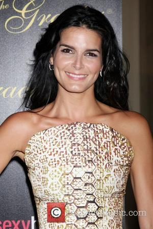 Angie Harmon Wants Baywatch Reboot