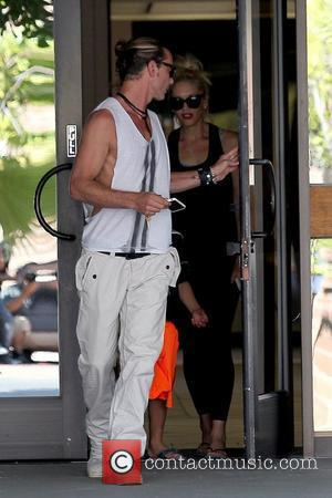 Gavin Rossdale and Gwen Stefani leave an office building in Sherman Oaks with their son Los Angeles, California - 15.09.12