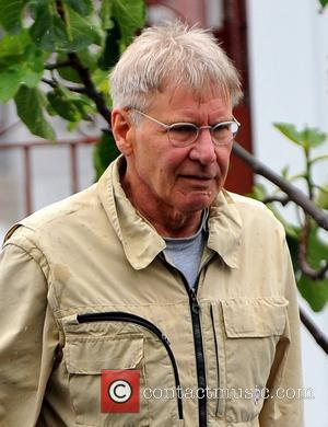 Harrison Ford shopping at the Brentwood Country Mart Los Angeles, California - 13.04.12