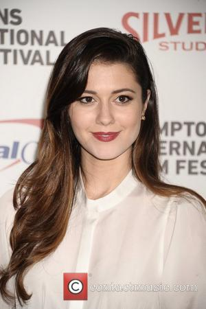 Mary Elizabeth Winstead 'Rules' in New Movie 'Smashed'