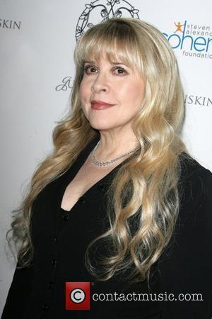 Stevie Nicks To Share Stage With Lady Antebellum