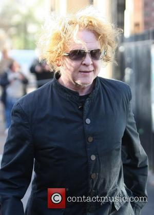 Mick Hucknall Devoted To Parenting