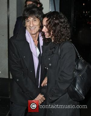 Ronnie Wood Refused To Wear Glasses At London Gig