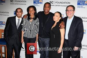 Pedro Hernandez, Bianca Darty-Bell, Shawn Carter aka Jay-Z, Dania Diaz, Gordon Gillinson United Way Of New York & Shawn Carter...